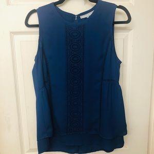 Daniel Rainn Blue flowy sleeveless blouse